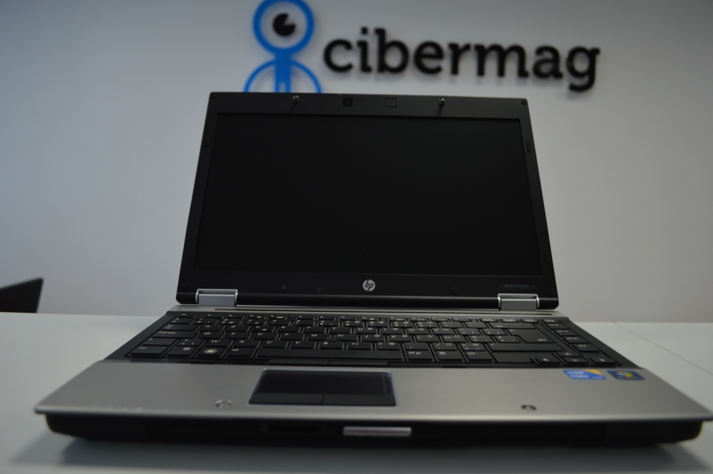 Ноутбук HP EliteBook 8440p SSD новая батарея
